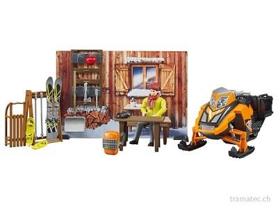 Bruder Berghütte mit Snowmobil